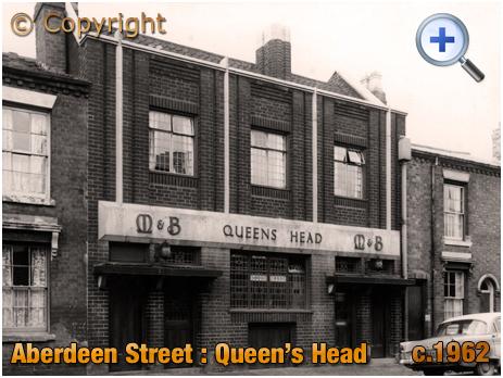 Birmingham : The Queen's Head in Aberdeen Street at Winson Green [c.1962]