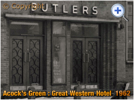 Birmingham : Main Entrance of the Great Western Hotel at Acock's Green [1962]