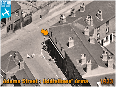 Birmingham : Aerial View of the Oddfellows' Arms on the corner of Adams Street at Duddeston [1933]