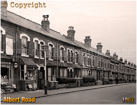 Birmingham : Shop and Terraced Housing on Albert Road in Aston [1967]