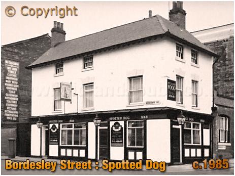Birmingham : The Spotted Dog on the corner of Bordesley Street and Meriden Street in Digbeth [c.1985]