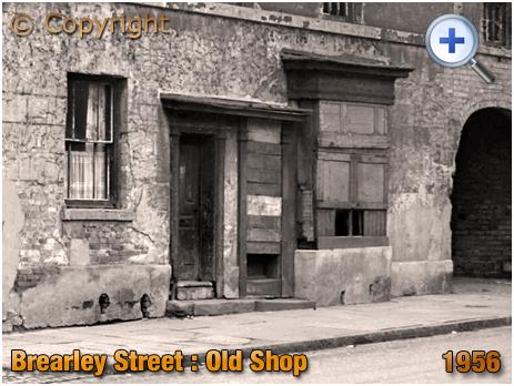 Birmingham : Old Shop on Brearley Street in Hockley [1956]