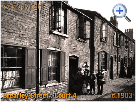Birmingham : Court 4 in Brearley Street at Hockley [c.1903]