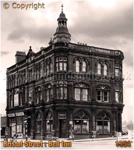 Birmingham : The Bell Inn on the corner of Bristol Street and Bell Barn Road [1954]
