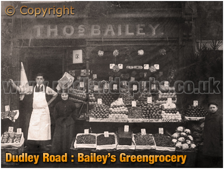 Birmingham : Thomas and Winifred Bailey' greengrocery shop on Dudley Road at Winson Green [c.1905]