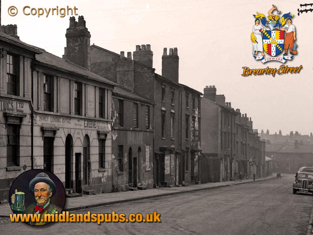 Birmingham : Properties on Brearley Street looking towards Well Street in Hockley [1956]