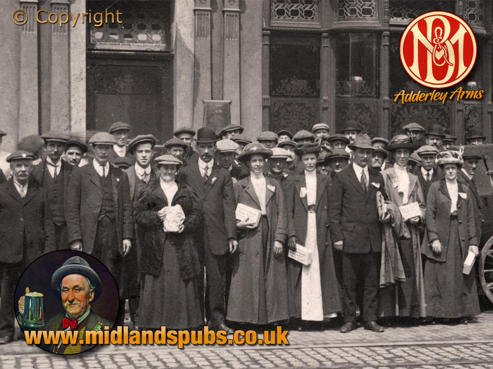 Birmingham : Customers outside the Adderley Arms on High Street Saltley [c.1908]