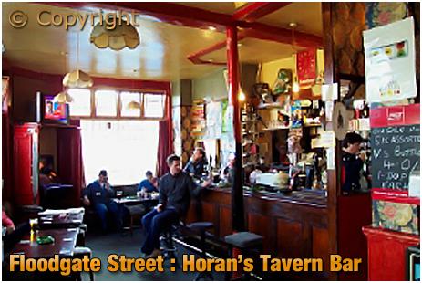 Birmingham : Bar of Horan's Tavern on Floodgate Street in Digbeth [2001]