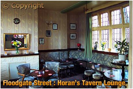 Birmingham : Lounge of Horan's Tavern on Floodgate Street in Digbeth [2001]