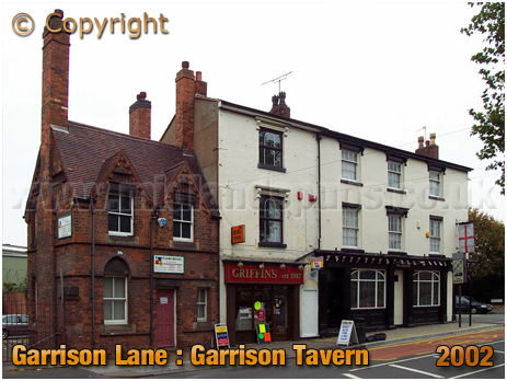 Birmingham : Garrison Tavern and neighbouring property at Bordesley [2002]