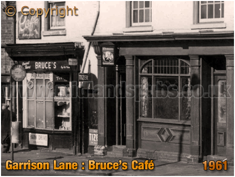 Birmingham : Bruce's Café next to the Garrison Tavern at Bordesley [1961]