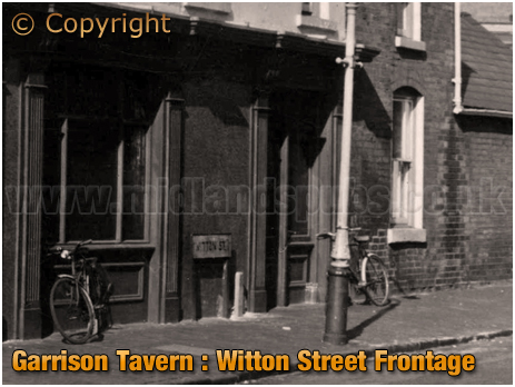 Birmingham : Bicycles parked along the Witton Street frontage of The Garrison Tavern at Bordesley [1961]