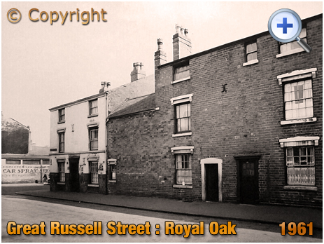 Birmingham : The Royal Oak on the corner of Great Russell Street and Farm Street at Hockley [1961]