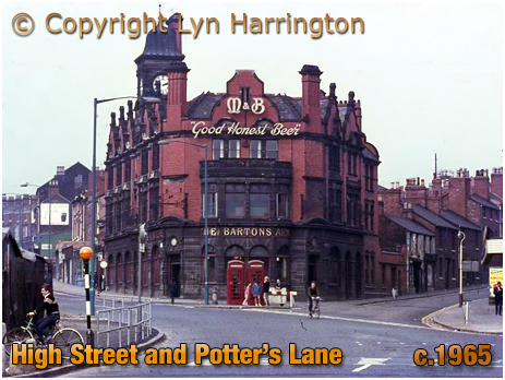 Birmingham : The Barton's Arms with High Street Aston and Potter's Lane [c.1965]