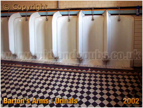 Birmingham : Urinals of the Barton's Arms at High Street Aston [2002]