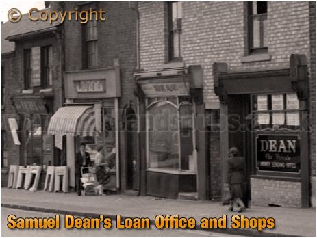 Birmingham : Office/Shop of the money lender Samuel Dean on High Street Aston [1961]