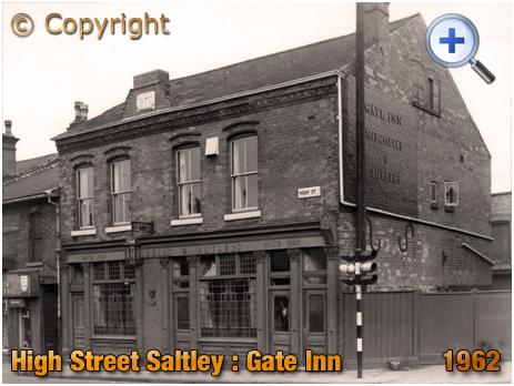 Birmingham : The Gate Inn at Saltley [1962]