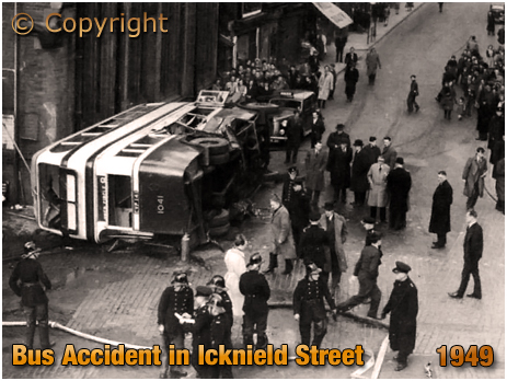 Birmingham : Bus Accident at Icknield Street and Spring Hill Library [1949]