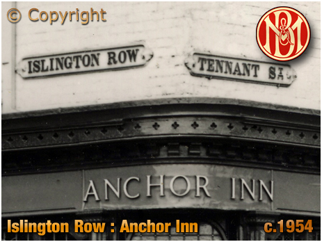 Birmingham : The Anchor Inn and Street Signs on the corner of Islington Row and Tennant Street at Edgbaston [c.1954]