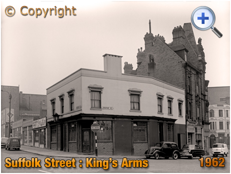 Birmingham : King's Arms on the corner of Suffolk Street and Station Street [1962]