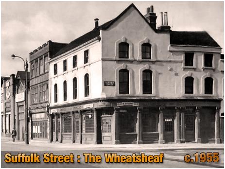 Birmingham : The Wheatsheaf Inn on the corner of Suffolk Street and Severn Street [1955]