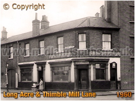 Birmingham : The Train Tavern in Great Francis Street at Bloomsbury in Birmingham [1961]