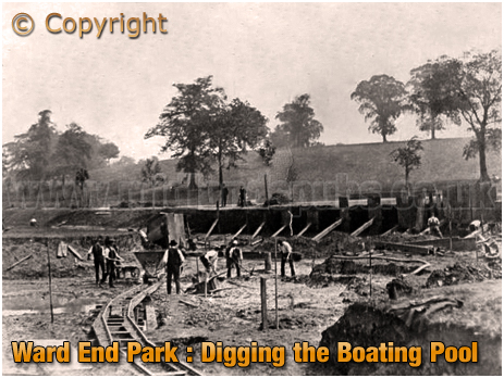 Birmingham : Digging the Boating Pool at Ward End Park [c.1908]