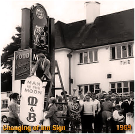 Birmingham : Changing the Inn Sign at The Man In The Moon [1969]