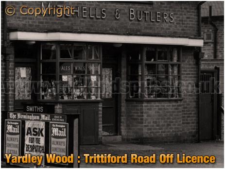 Birmingham : M&B Off-Licence on on Trittiford Road at Yardley Wood [1958]