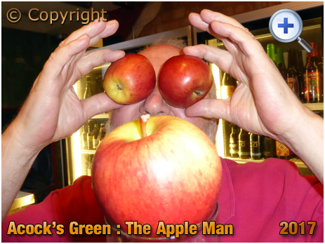 Birmingham : The Apple Man at The Bottle Shed within The Inn On The Green at Acock's Green [2017]