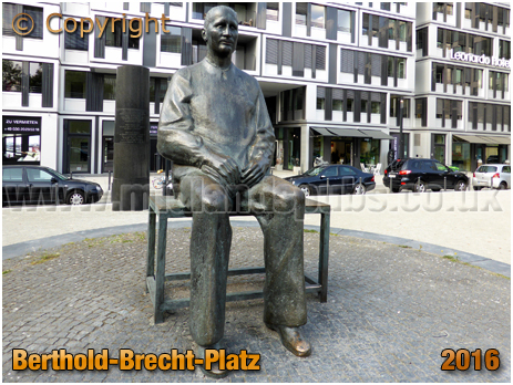 Berlin : Berthold-Brecht-Platz [September 2016]