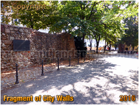 Berlin : City Wall Remains at Waisenstraße & Littenstraße [September 2016]
