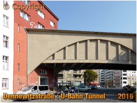 Berlin : U-Bahn Tunnel at Dennewitzstraße [September 2016]