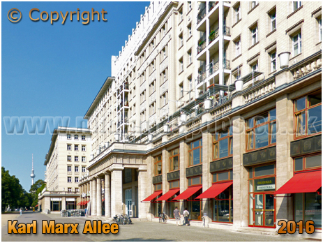 Berlin : Karl-Marx-Allee Doric Columns [September 2016]