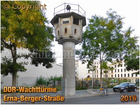 Berlin : DDR Wachttürme at Erna-Berger-Straße [September 2016]
