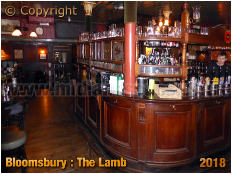 Bloomsbury : Interior of The Lamb in Lambs Conduit Street [2018]