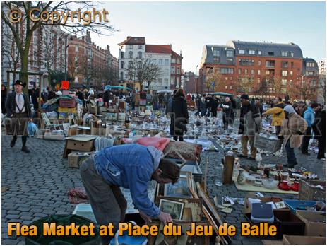 Brussel Vossenplein : Flea Market in Place du Jeu de Balle [2018]