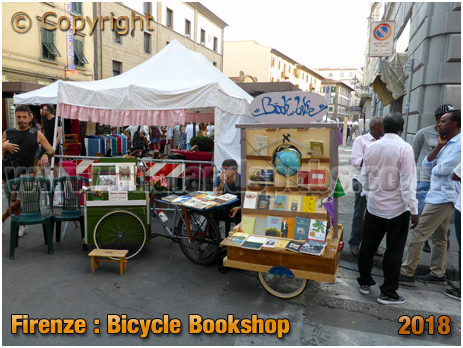 Firenze : Bicycle Bookshop at Via Maso Finiguerra Street Market [2018]