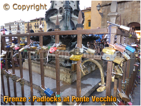 Firenze : Padlocks on Ponte Vecchio [2018]