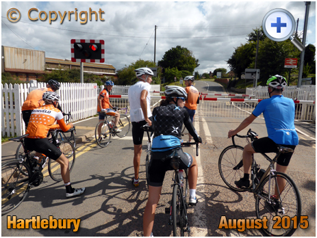 Hartlebury : Cyclists at Level Crossing [2015]