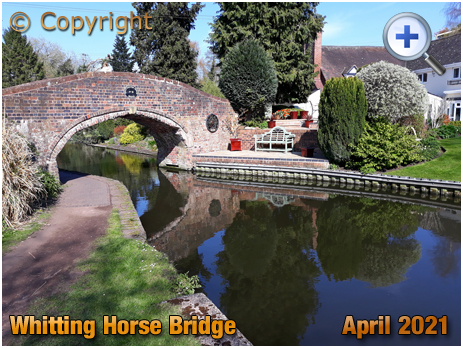 Kinver : Whittington Horse Bridge spanning the Staffordshire and Worcestershire Canal [2021]