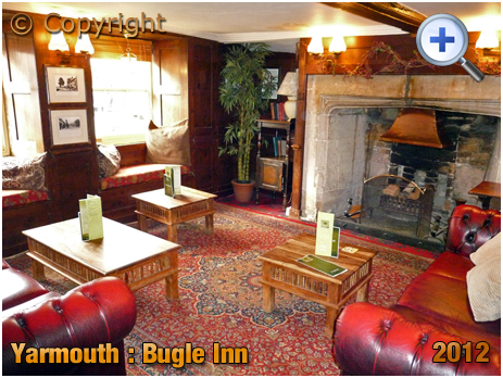 Isle of Wight : Interior of the Bugle Inn at Yarmouth [2012]