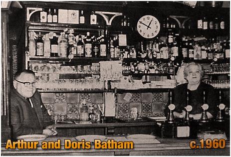 Brierley Hill : Arthur and Doris Batham at the Vine Inn [c.1960]