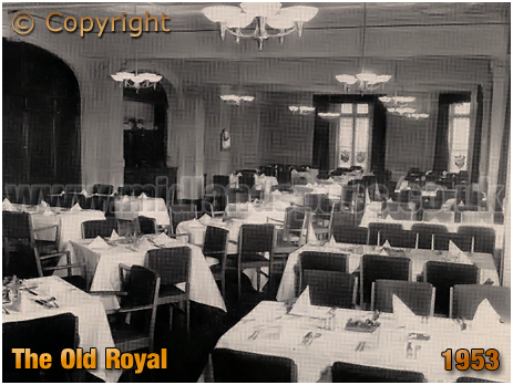 Mitchell's & Butler's : The Old Royal [1953]