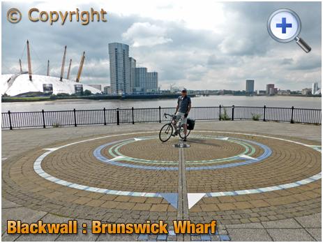 Blackwall : Prime Meridian at Brunswick Wharf