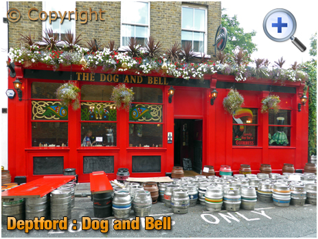 London : The Dog and Bell on Prince Street at Deptford