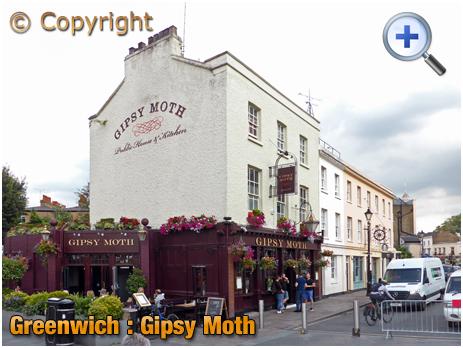 London : Gipsy Moth at Greenwich Church Street