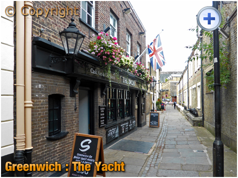 London : The Yacht on Crane Street at Greenwich
