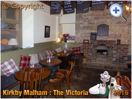 Kirkby Malham : Interior of The Victoria [2016]