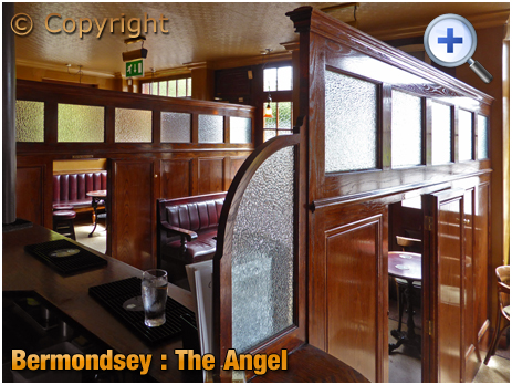London : Wooden Partitions inside The Angel at Bermondsey Wall